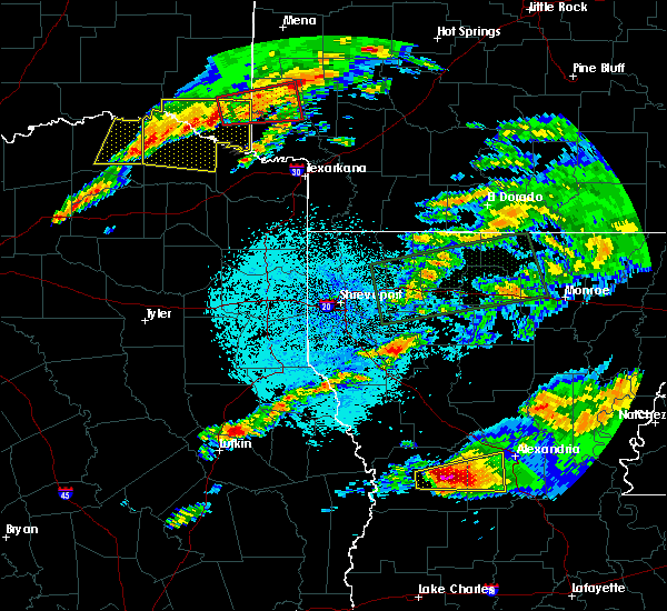 Radar Image for Severe Thunderstorms near Detroit, TX at 4/22/2020 8:44 PM CDT