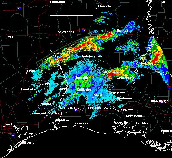 Radar Image for Severe Thunderstorms near Deville, LA at 4/22/2020 9:51 PM CDT