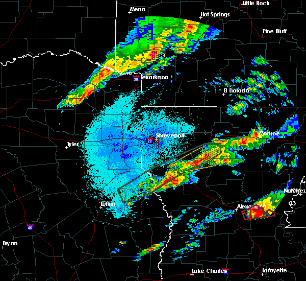 Radar Image for Severe Thunderstorms near Dodson, LA at 4/22/2020 10:01 PM CDT