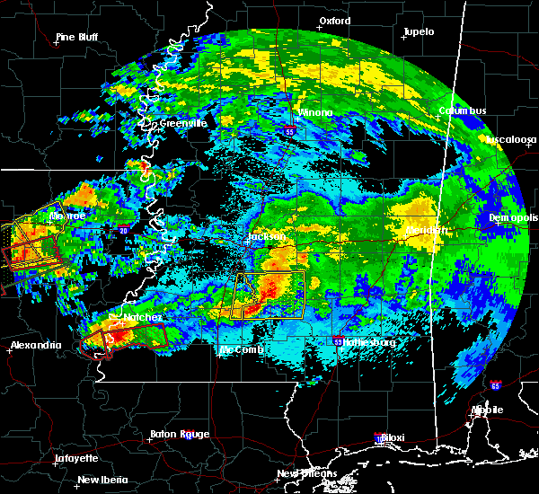 Radar Image for Severe Thunderstorms near New Hebron, MS at 4/22/2020 10:50 PM CDT