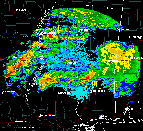 Radar Image for Severe Thunderstorms near Soso, MS at 4/22/2020 11:40 PM CDT