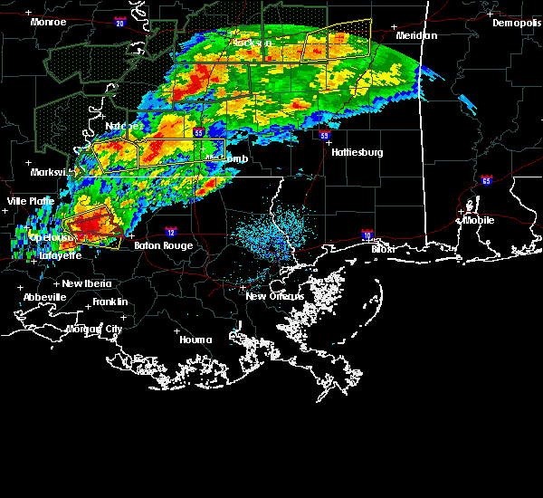 Radar Image for Severe Thunderstorms near Erwinville, LA at 4/23/2020 2:55 AM CDT