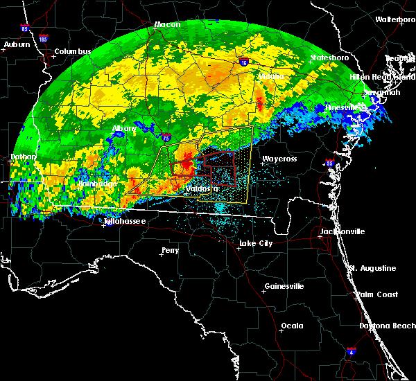 Radar Image for Severe Thunderstorms near Nashville, GA at 4/23/2020 1:27 PM EDT