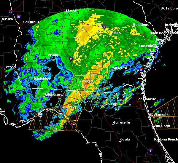 Radar Image for Severe Thunderstorms near Valdosta, GA at 4/23/2020 8:00 PM EDT