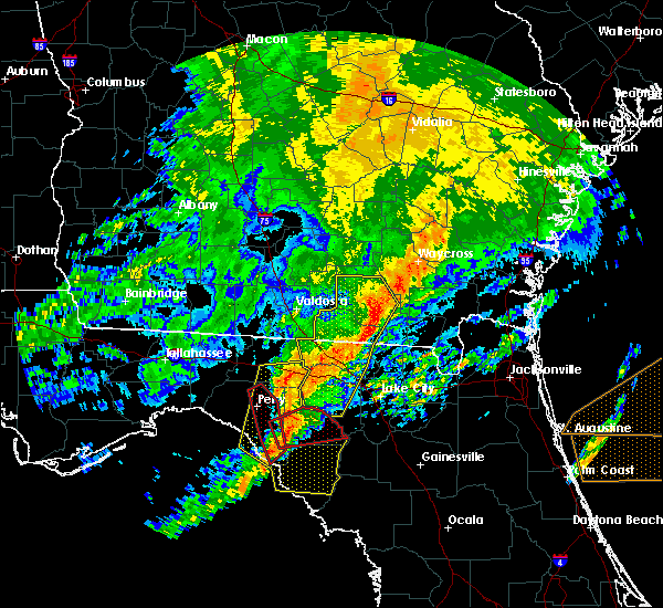 Radar Image for Severe Thunderstorms near Fargo, GA at 4/23/2020 8:29 PM EDT