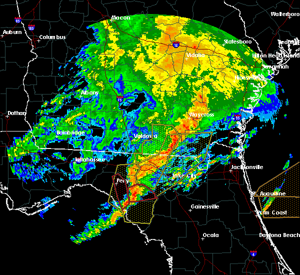 Radar Image for Severe Thunderstorms near Cross City, FL at 4/23/2020 8:34 PM EDT