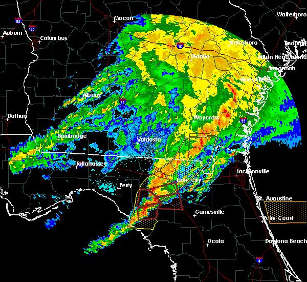 Radar Image for Severe Thunderstorms near Cross City, FL at 4/23/2020 9:06 PM EDT