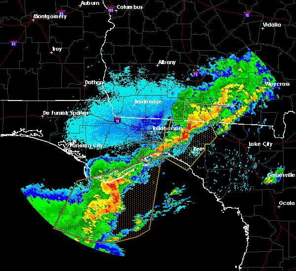 Radar Image for Severe Thunderstorms near Valdosta, GA at 4/24/2020 12:35 AM EDT