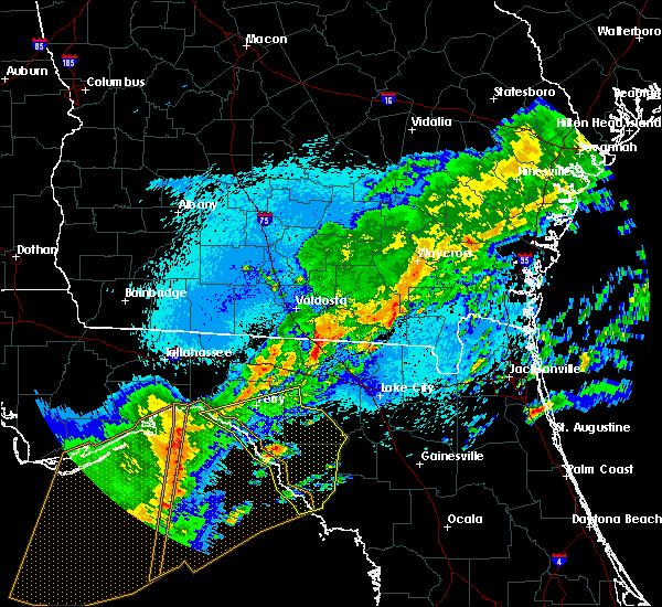 Radar Image for Severe Thunderstorms near Cross City, FL at 4/24/2020 1:28 AM EDT