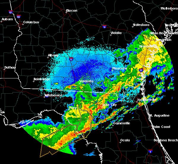 Radar Image for Severe Thunderstorms near Cross City, FL at 4/24/2020 2:31 AM EDT