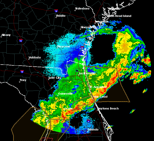 Radar Image for Severe Thunderstorms near Palm Coast, FL at 4/24/2020 5:22 AM EDT