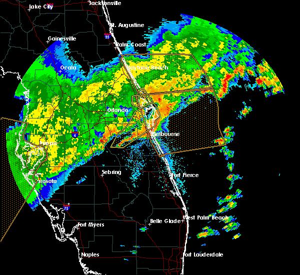 Radar Image for Severe Thunderstorms near Malabar, FL at 4/24/2020 7:44 AM EDT