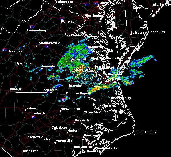 Radar Image for Severe Thunderstorms near Wakefield, VA at 4/24/2020 5:15 PM EDT
