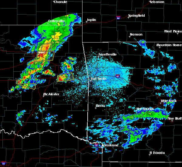 Radar Image for Severe Thunderstorms near Tamaha, OK at 4/24/2020 6:04 PM CDT