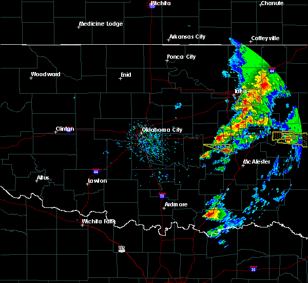 Radar Image for Severe Thunderstorms near Armstrong, OK at 4/24/2020 6:24 PM CDT