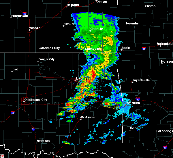 Radar Image for Severe Thunderstorms near Fair Oaks, OK at 4/24/2020 6:25 PM CDT