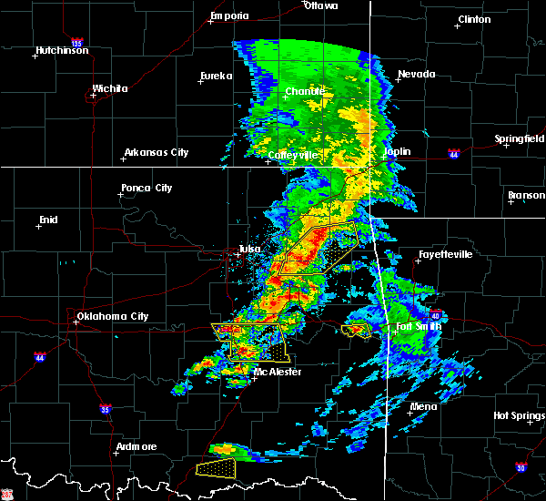 Radar Image for Severe Thunderstorms near Leach, OK at 4/24/2020 6:43 PM CDT