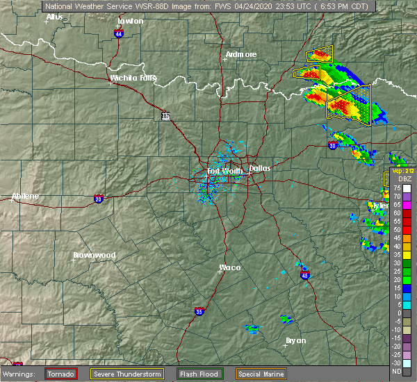 Radar Image for Severe Thunderstorms near Paris, TX at 4/24/2020 6:57 PM CDT
