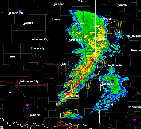 Radar Image for Severe Thunderstorms near Checotah, OK at 4/24/2020 7:15 PM CDT