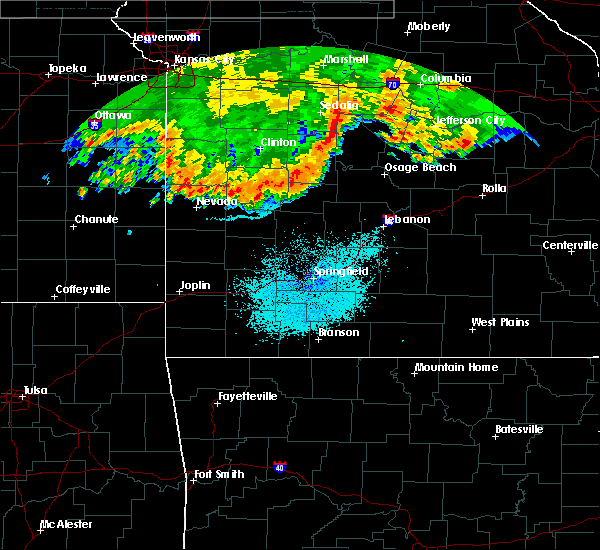 Radar Image for Severe Thunderstorms near Bolivar, MO at 6/26/2015 3:45 AM CDT