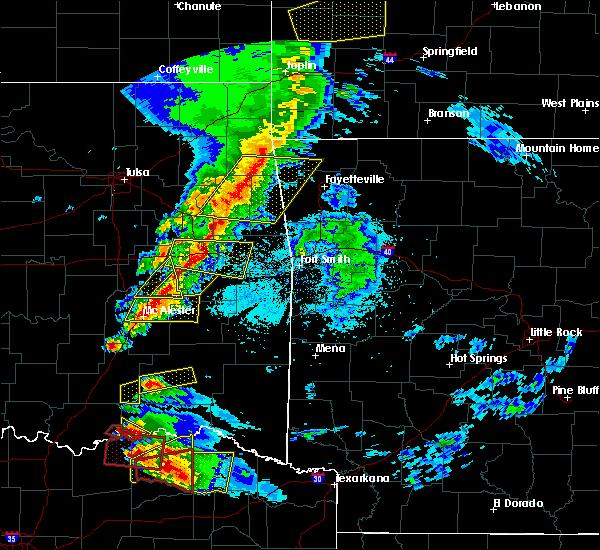 Radar Image for Severe Thunderstorms near Krebs, OK at 4/24/2020 7:28 PM CDT