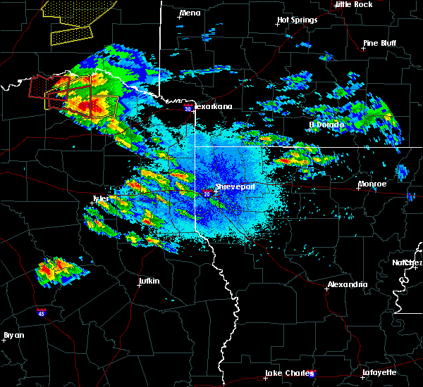 Radar Image for Severe Thunderstorms near Paris, TX at 4/24/2020 7:41 PM CDT