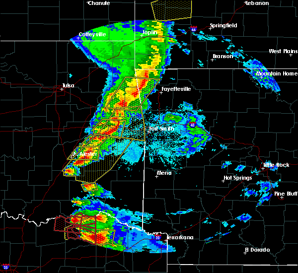 Radar Image for Severe Thunderstorms near Bethel Heights, AR at 4/24/2020 7:43 PM CDT