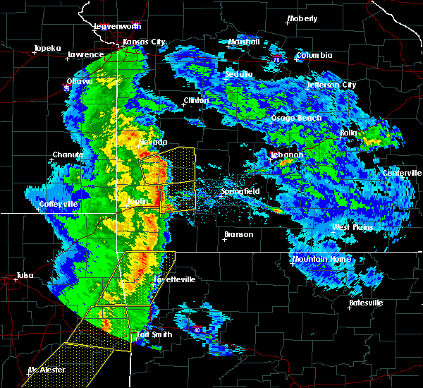 Radar Image for Severe Thunderstorms near Lockwood, MO at 4/24/2020 7:56 PM CDT