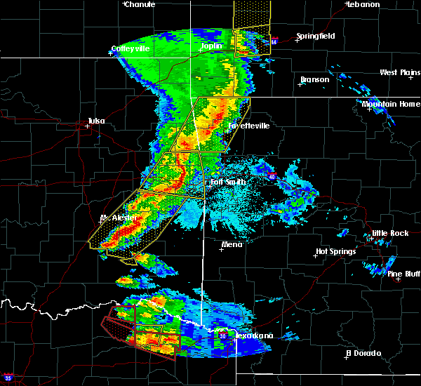 Radar Image for Severe Thunderstorms near Red Oak, OK at 4/24/2020 8:02 PM CDT