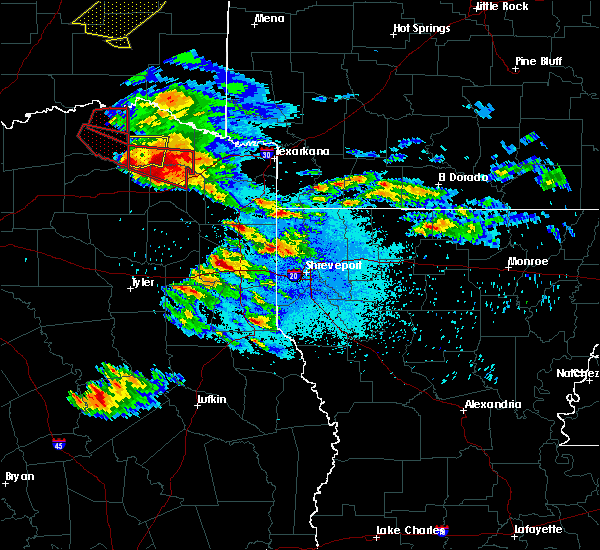 Radar Image for Severe Thunderstorms near Mooringsport, LA at 4/24/2020 8:06 PM CDT