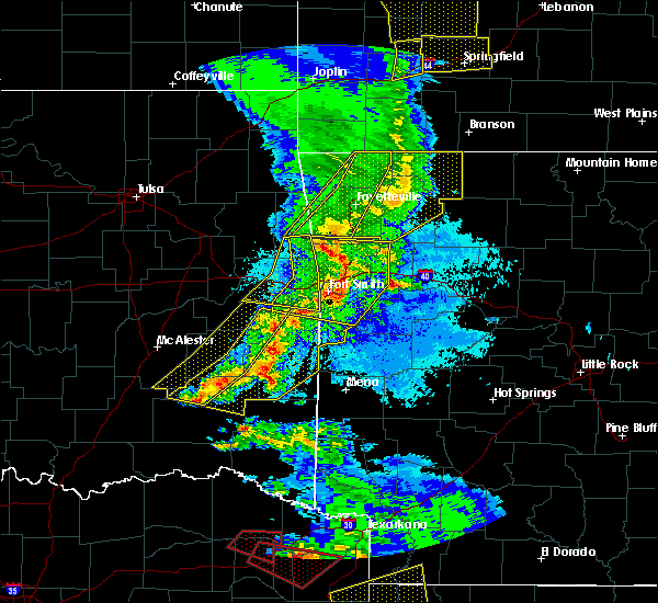 Radar Image for Severe Thunderstorms near Huntington, AR at 4/24/2020 8:34 PM CDT