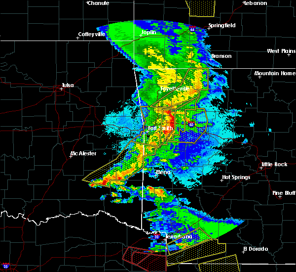 Radar Image for Severe Thunderstorms near New Blaine, AR at 4/24/2020 9:00 PM CDT