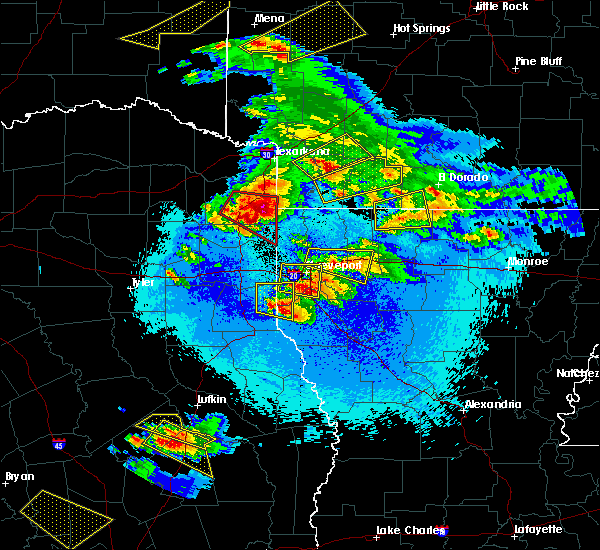 Radar Image for Severe Thunderstorms near Mooringsport, LA at 4/24/2020 9:16 PM CDT
