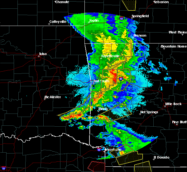 Radar Image for Severe Thunderstorms near New Blaine, AR at 4/24/2020 9:24 PM CDT
