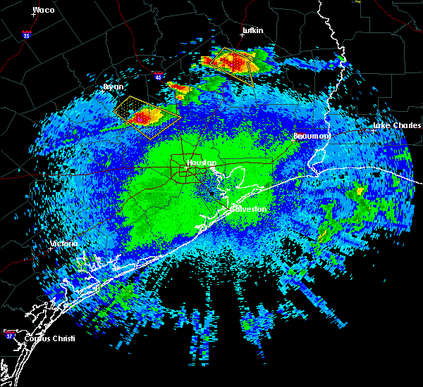 Radar Image for Severe Thunderstorms near Conroe, TX at 4/24/2020 9:24 PM CDT