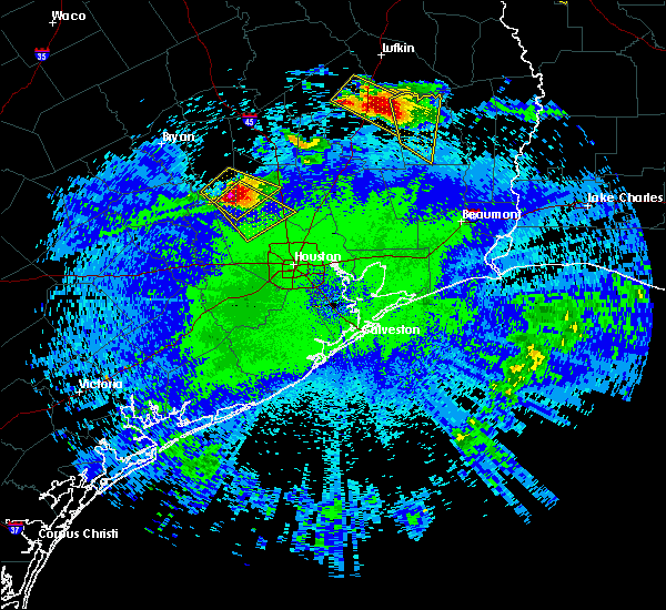 Radar Image for Severe Thunderstorms near Conroe, TX at 4/24/2020 9:31 PM CDT