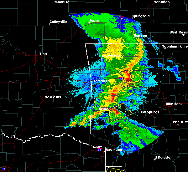 Radar Image for Severe Thunderstorms near New Blaine, AR at 4/24/2020 9:44 PM CDT
