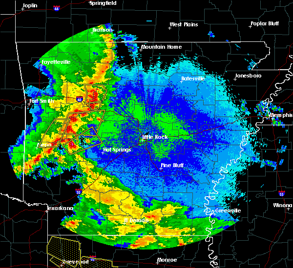 Radar Image for Severe Thunderstorms near Dover, AR at 4/24/2020 9:53 PM CDT