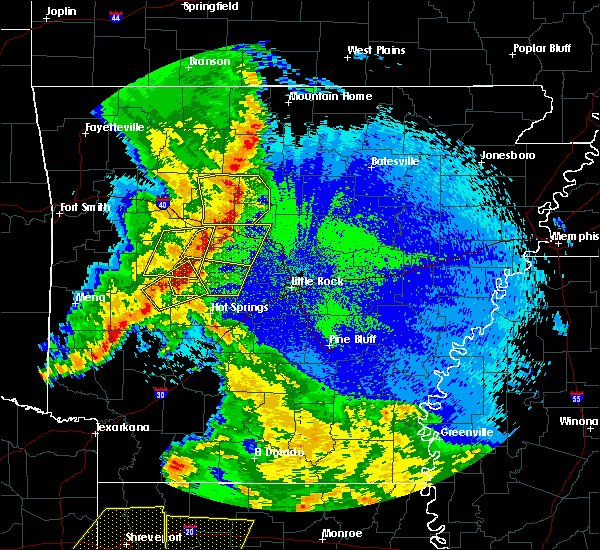 Radar Image for Severe Thunderstorms near Center Ridge, AR at 4/24/2020 10:26 PM CDT