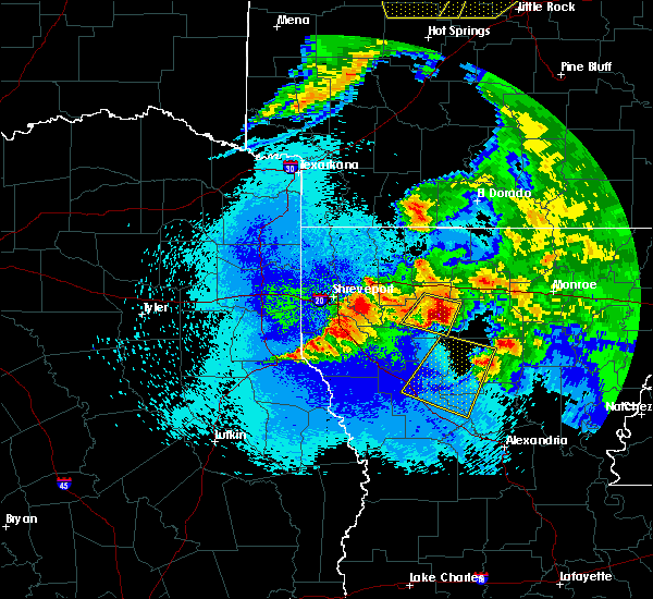 Radar Image for Severe Thunderstorms near Bryceland, LA at 4/24/2020 10:41 PM CDT