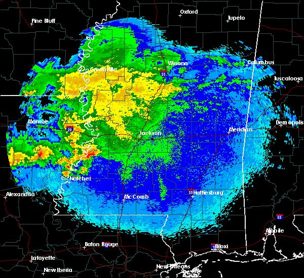 Radar Image for Severe Thunderstorms near Wisner, LA at 4/25/2020 12:04 AM CDT