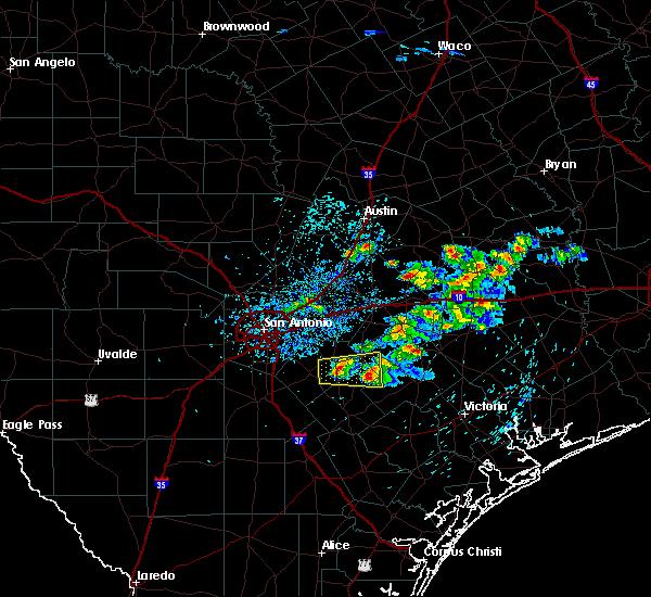 Radar Image for Severe Thunderstorms near Stockdale, TX at 4/25/2020 12:28 PM CDT