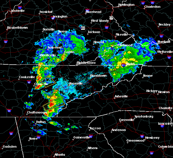 Radar Image for Severe Thunderstorms near Oakdale, TN at 4/25/2020 5:31 PM EDT