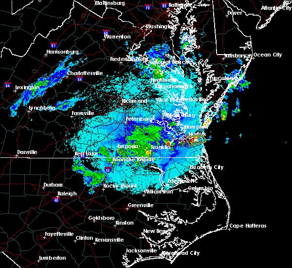 Radar Image for Severe Thunderstorms near Chesapeake, VA at 4/26/2020 10:58 PM EDT