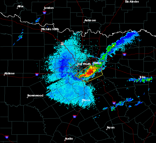 Radar Image for Severe Thunderstorms near Cedar Hill, TX at 4/28/2020 5:44 AM CDT