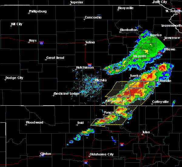 Radar Image for Severe Thunderstorms near Neodesha, KS at 4/28/2020 4:17 PM CDT