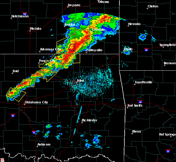 Radar Image for Severe Thunderstorms near Neodesha, KS at 4/28/2020 4:50 PM CDT