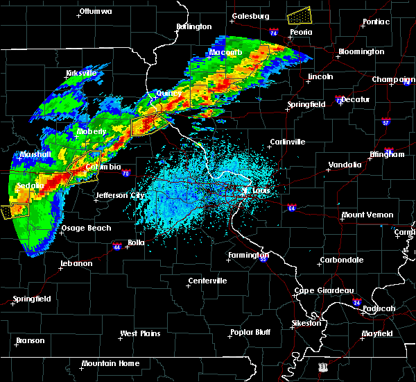 Radar Image for Severe Thunderstorms near Farber, MO at 4/28/2020 5:12 PM CDT