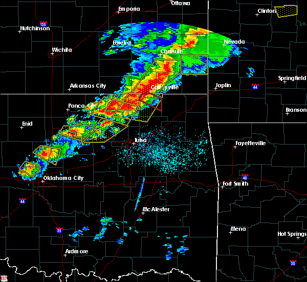 Radar Image for Severe Thunderstorms near Lenapah, OK at 4/28/2020 5:16 PM CDT
