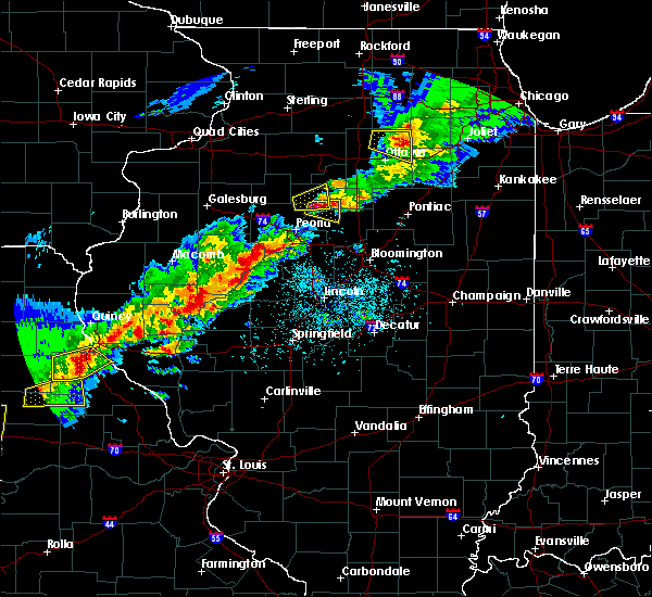 Radar Image for Severe Thunderstorms near Greenview, IL at 4/28/2020 5:18 PM CDT